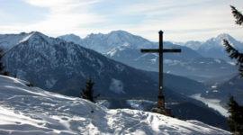 Gipfel im Winter, Blick in Richtung Wiestalstausee