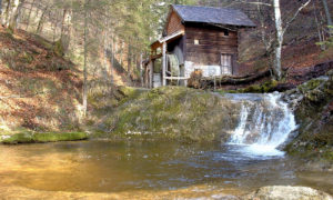 Plötz – Wasserfall und alte Mühlen