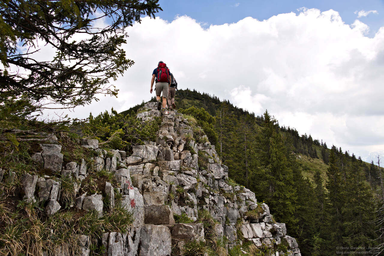 Felsgrat auf dem Weg zum Gipfel