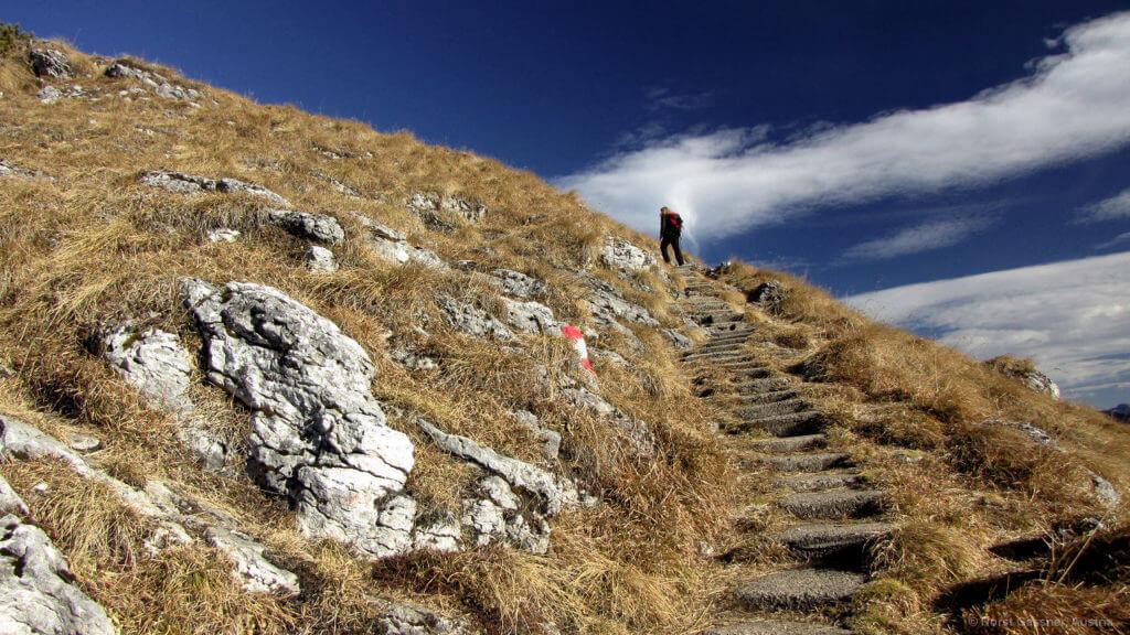 Schafberg Wanderung - Stufen für Sesselträger