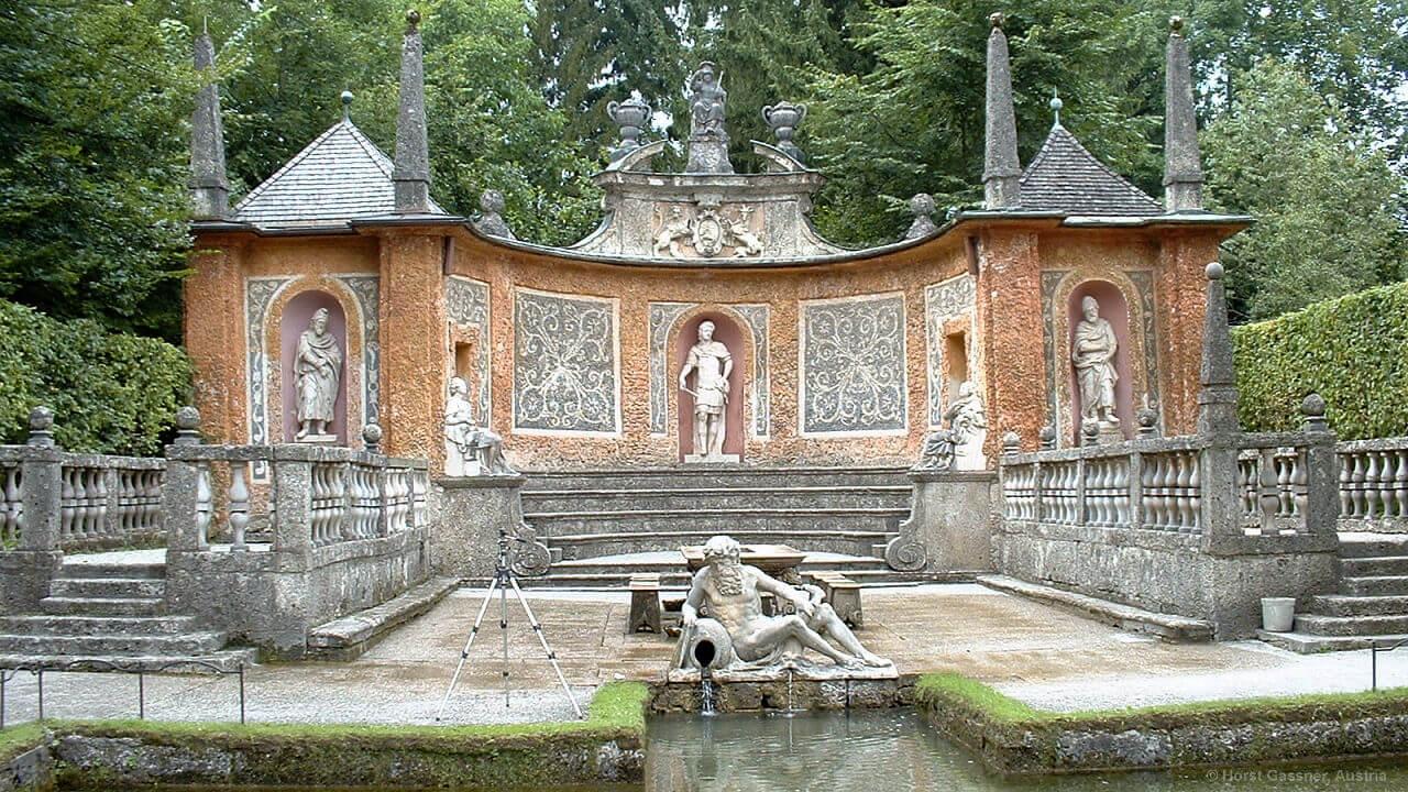 Die Wasserspiele Hellbrunn - eine liebevoll angelegte Parkanlage