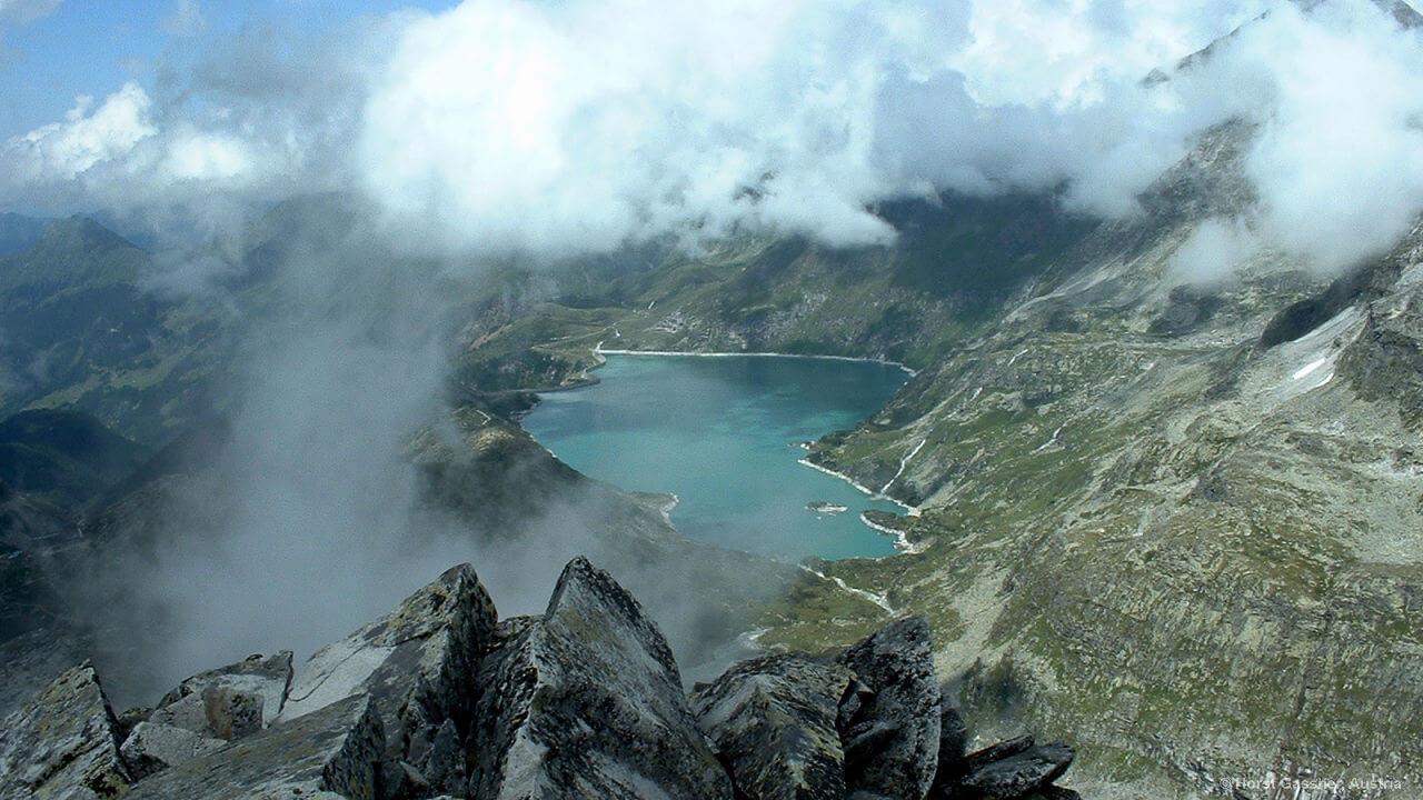Grandioser Blick vom Gipfel des Medelzkopfes