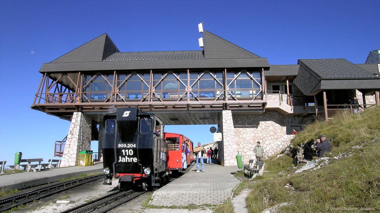 Die Schafbergbahn an der Bergstation