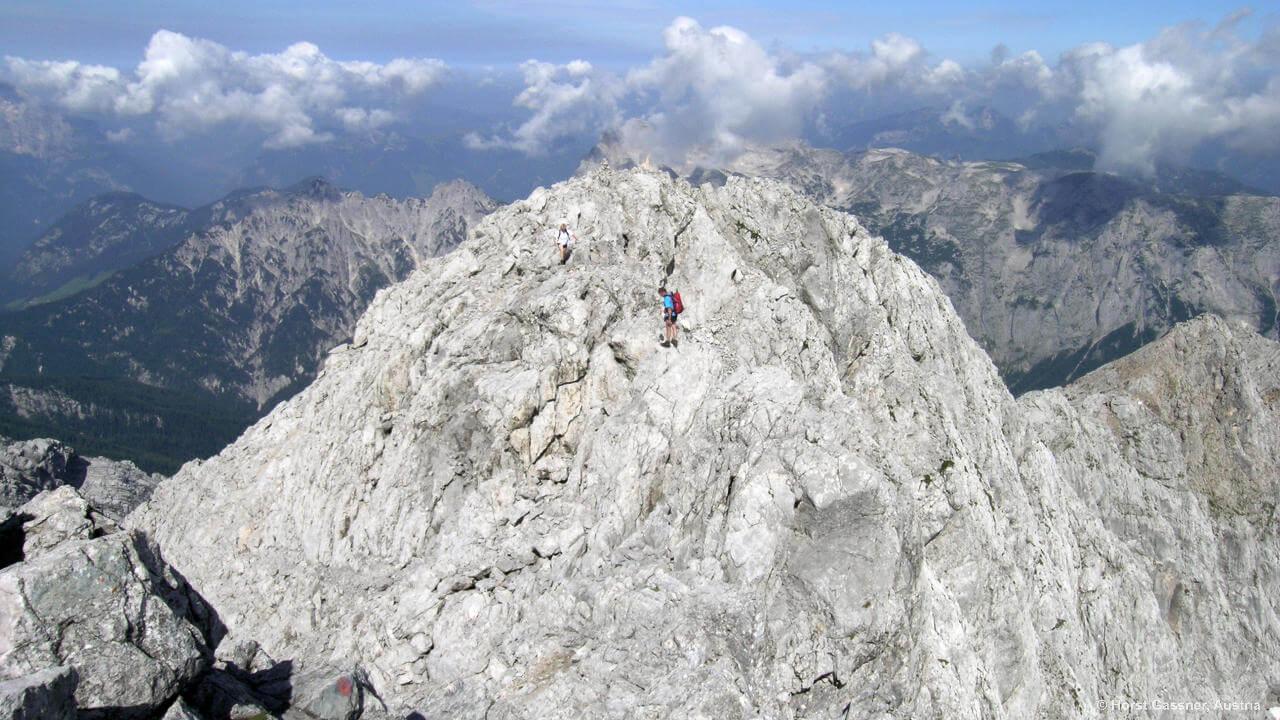 Am langen Gipfelgrat des Hochkalters