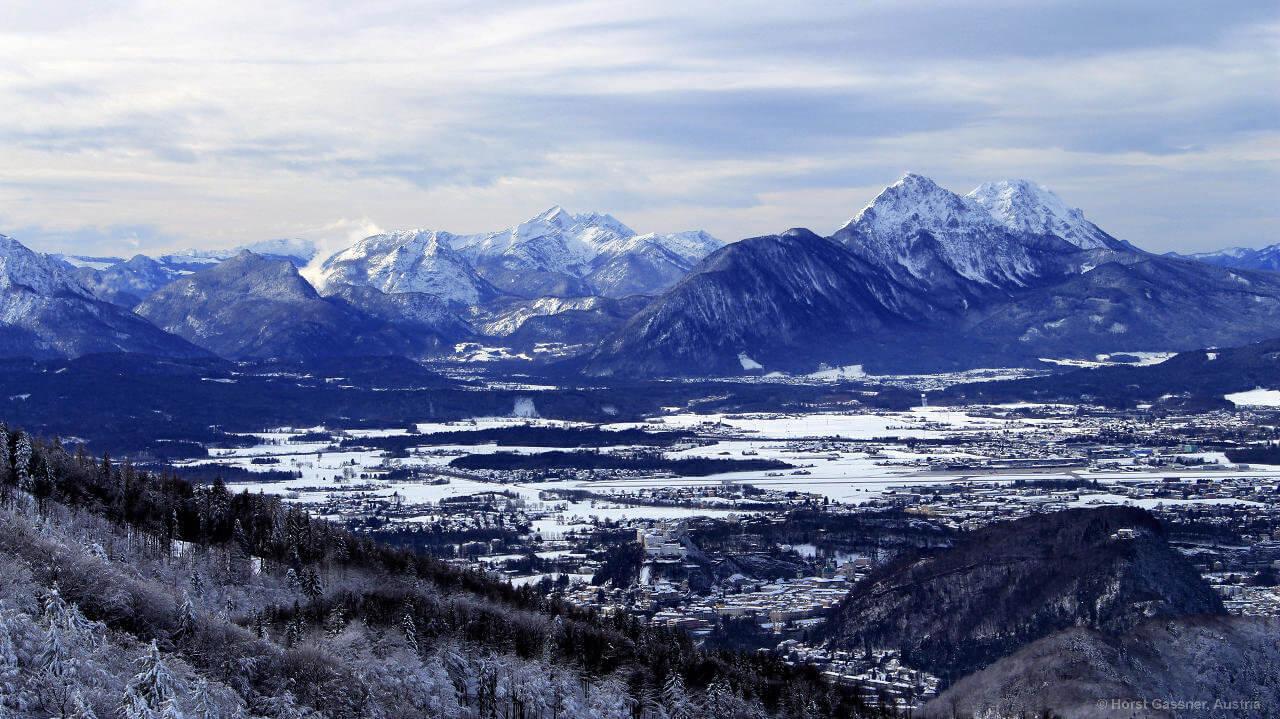 Der Nockstein - winterlicher Blick nach Salzburg