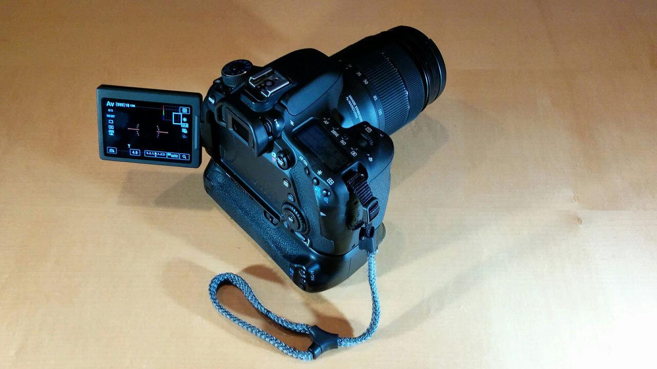 Canon EOS 80D mit 18-135mm Objektiv und Batteriegriff