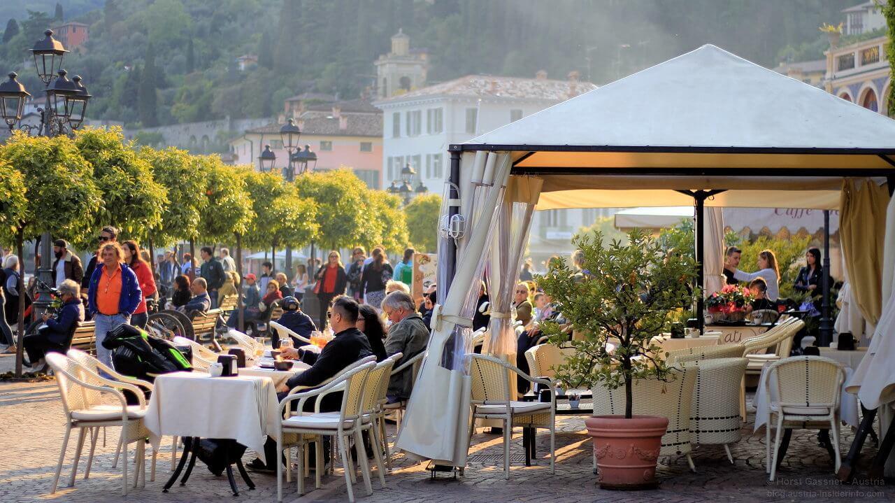 Gargnano - Fest an der Uferpromenade