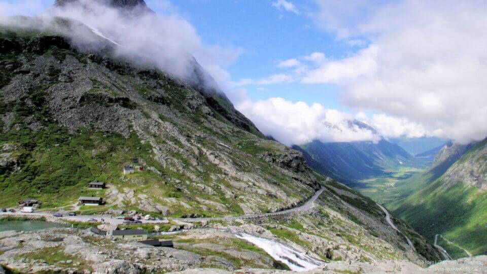 Trollstigen 2005 - da waren es noch kleine Hütten