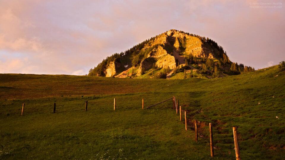 Abendstimmung an der Poschnhütte - Blick zum Holzeck