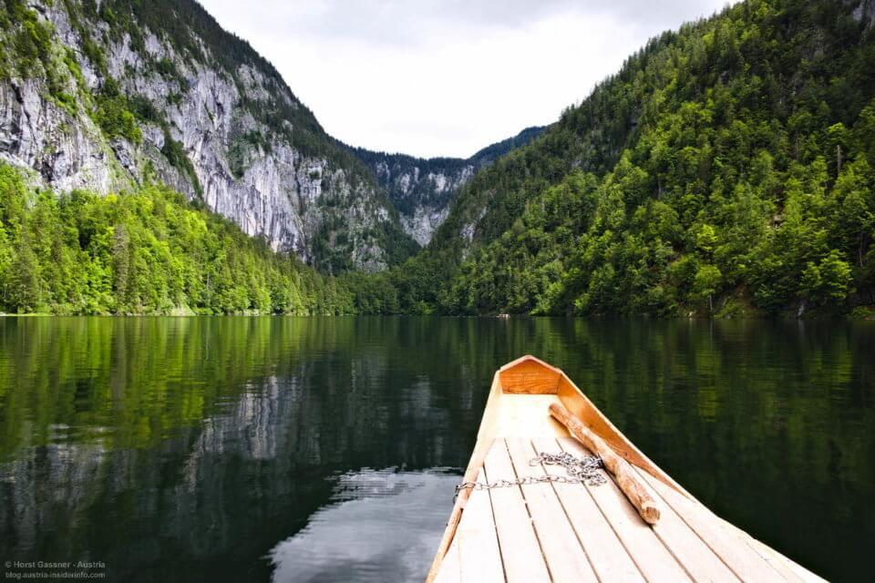 Auf einem See im Boot